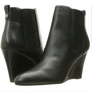 Sam Edelman. Gillian. Wedge heel ankle boots.
